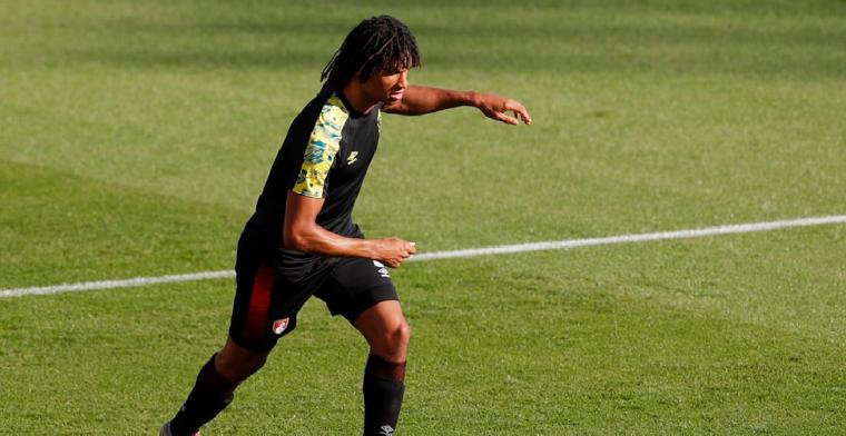 'Feyenoord krijgt grote zak met geld als Aké Man City-transfer maakt'