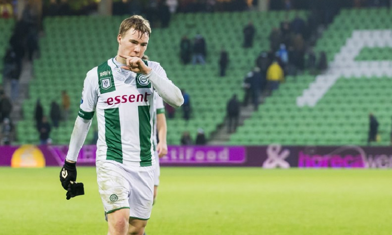 Afbeelding: Deense media: Emmen betaalt torenhoge transfersom voor Tibbling, Lubbers ontkent