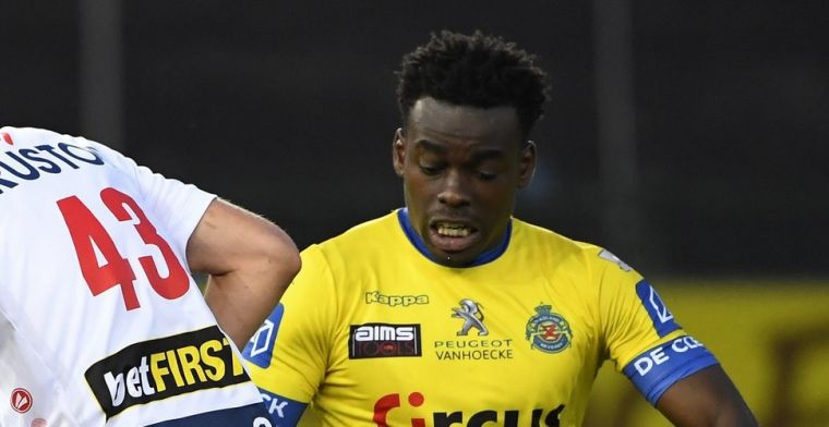 'STVV haalt ex-verdediger van KV Mechelen en Moeskroen terug naar België'