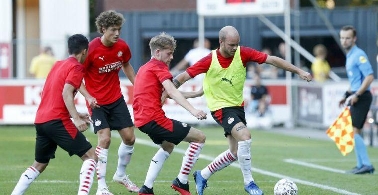 Schmidt bij PSV-'debuut' getuige van 1-1 tussen Team-Dumfries en Team-Viergever