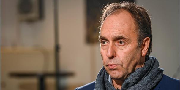 """Voorzitter Waasland-Beveren Huyck reageert: """"Dat heeft als mens een tol geëist"""""""