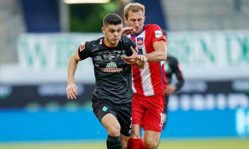 Afbeelding: 'Werder Bremen houdt voet bij stuk en plaatst Dortmund en Leipzig in wachtkamer'