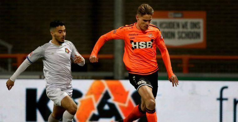 'AZ blijft in de race om Volendam-verdediger (19): ook Kongolo nog op lijstje'