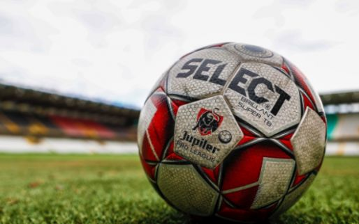 UPDATE: Weyts springt in de bres, 'kans op profvoetbal in Antwerpen is reëel'
