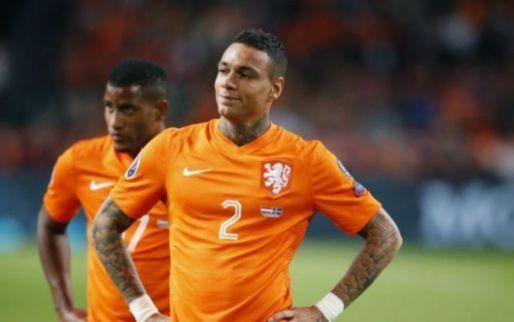 Van der Wiel verrast met Eredivisie-comeback: 'Ik wil nu weer voetballen'