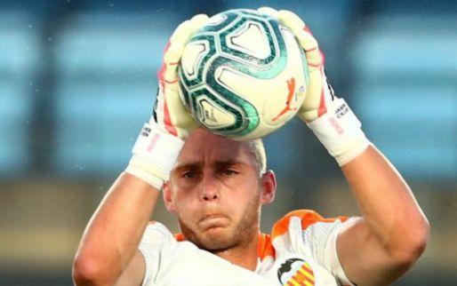 'Ajax bereidt zich voor op Onana-vertrek en legt contact met Cillessen'