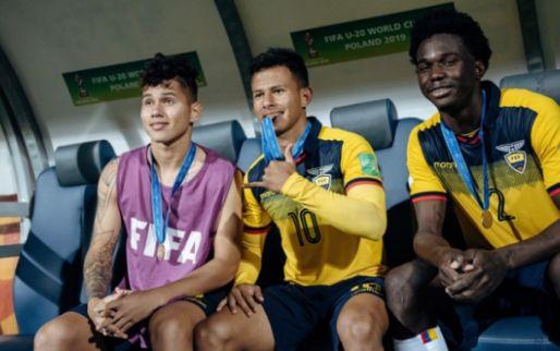 'Ajax meldt zich in Brazilië voor transfervrije stopper en heeft last van Getafe'
