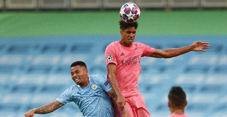 Sterk Manchester City krijgt kwartfinaleticket in de schoot geworpen door Varane