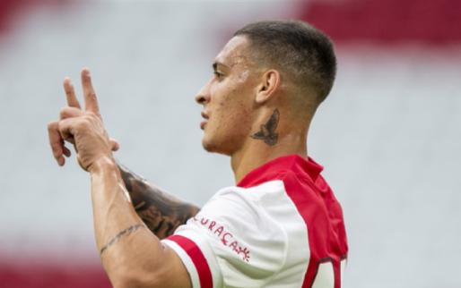 Ajax boekt ruime oefenoverwinning, Antony eist de hoofdrol op