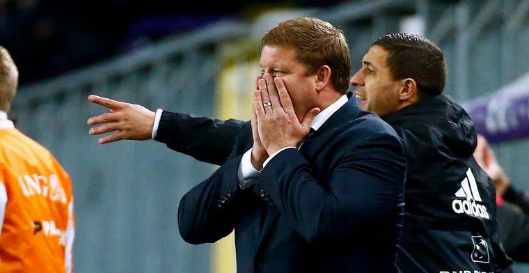 """Vanhaezebrouck geeft raad: """"Hij blijft de beste middenvelder die Anderlecht heeft"""""""