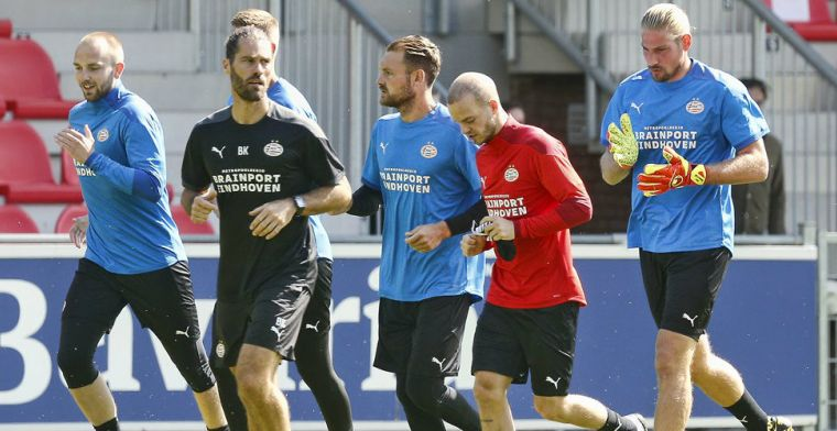 'Reservedoelman RB Leipzig in beeld bij PSV dankzij Schmidt-assistent'