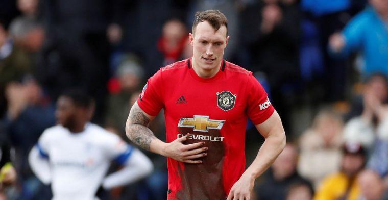 Twitter zet United-verdediger Jones voor schut en gaat door het stof