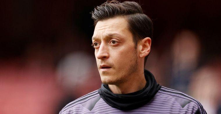 Özil heeft boodschap voor Arsenal: 'Ik blijf tot de laatste dag van m'n contract'