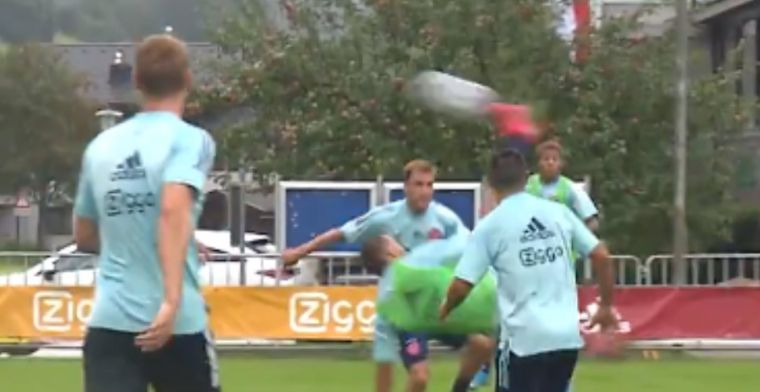 Labyad on fire op Ajax-training: middenvelder verrast Onana met omhaal