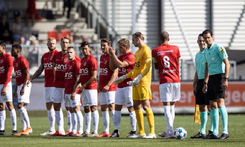 Afbeelding: Almere City verslaat Excelsior in bizarre wedstrijd met tien doelpunten