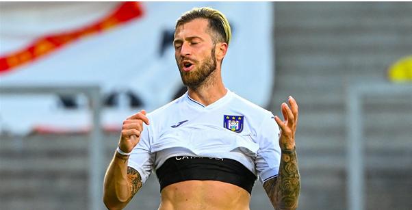 'Nieuwe tests bij Anderlecht,  match tegen Waasland-Beveren kan uitgesteld worden'