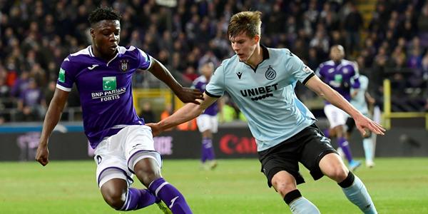 Anderlecht en Club Brugge vrezen voor meer coronagevallen, Pro League reageert