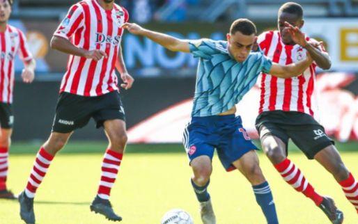 'Urgente situatie in Amsterdam: Ajax meldt zich op transfermarkt bij vertrek Dest'