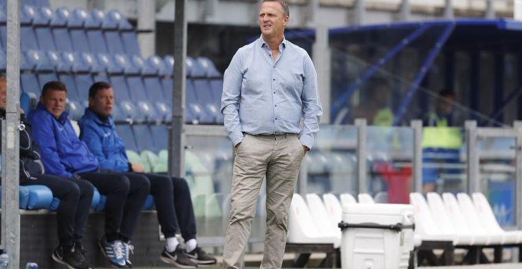 Van den Brom over KNVB:'Jullie merken wel dat het bij mij nog altijd diep zit'