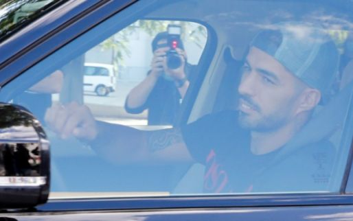 Afbeelding: Suárez fraudeert bij Italiaanse taaltest: '10 miljoen kunnen we niet laten lopen'