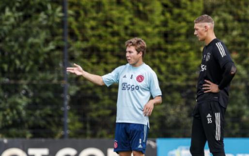 Afbeelding: Eiting imponeert bij Huddersfield-debuut met 'touches of genuine class'