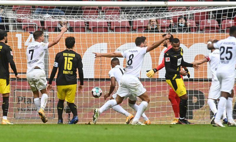 Afbeelding: Dortmund blameert zich bij Augsburg, Meunier en Witsel bijten in het zand