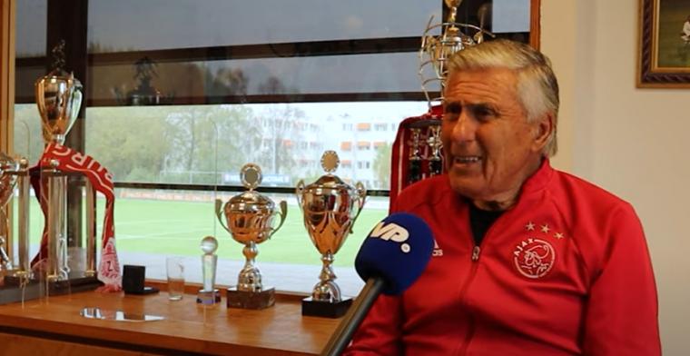 Swart hekelt: 'Dumfries slaat die verdediger zo neer, PSV had moeten verliezen'