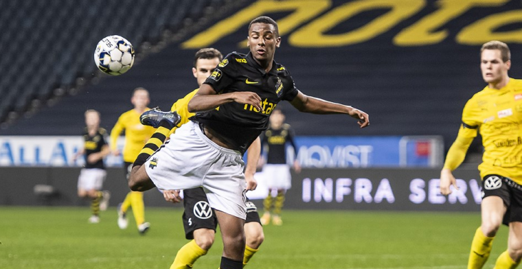 'Feyenoord hoort vraagprijs voor aanvaller (18)': 'Wij hebben niets te zeggen'