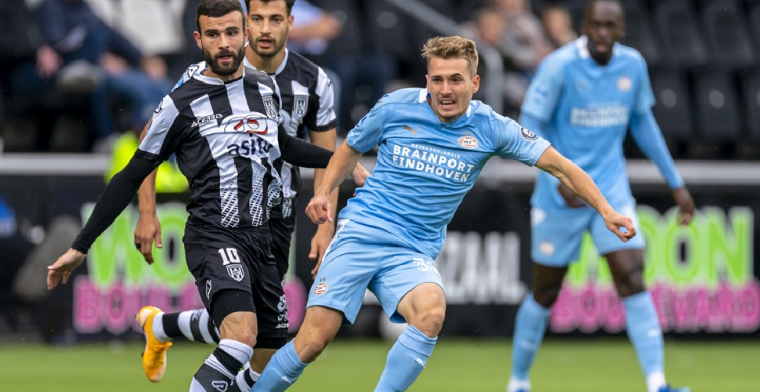 Update: PSV bevestigt tijdelijk vertrek van Sadílek: 'Komt bij ons minder aan bod'