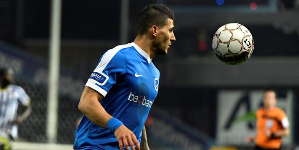 'Ex-Genk-spits Karelis gaat bij het Nederlandse ADO Den Haag voetballen'