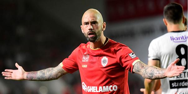 Defour (32) maakt zijn comeback in oefenwedstrijd tegen KAA Gent