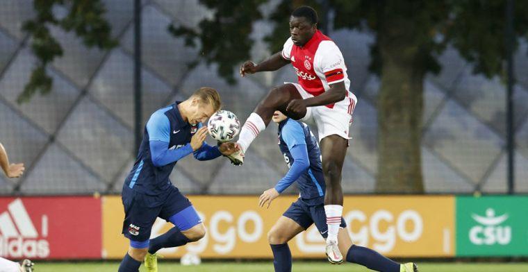 Brobbey heeft nieuw contract bijna binnen: 'Droom ervan te spelen in Ajax 1'