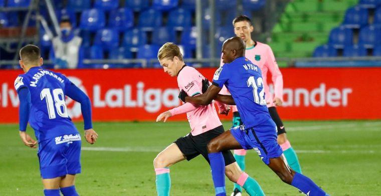'De Jong niet eens met Barça-selectie: Nederlander weigert brief te ondertekenen'