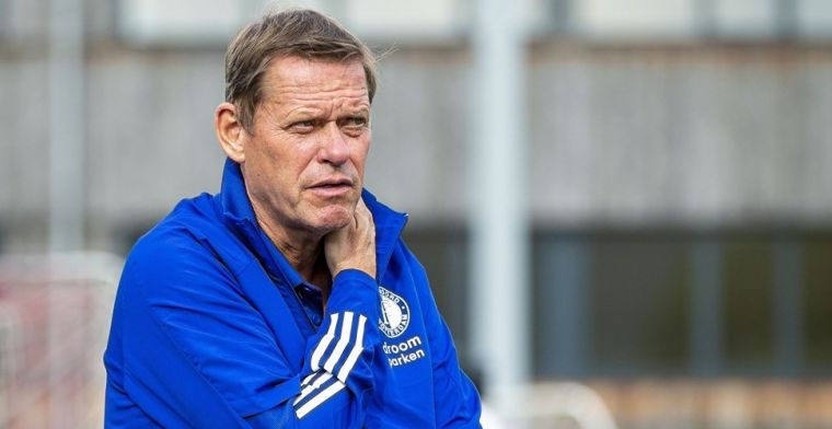 'Absurde situatie' bij Feyenoord: 'Ajax, PSV en AZ kunnen alles doen, wij niet'