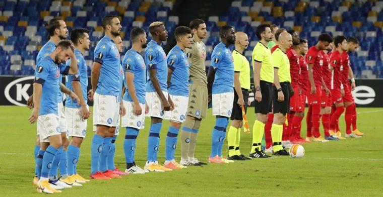 AZ op rapport: met ijzersterke defensie knokt het collectief zich langs Napoli
