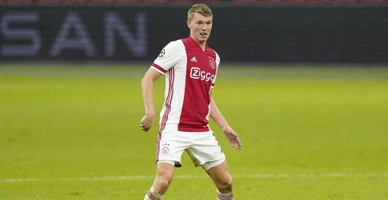 Ben zeker ook trots dat ik voor Ajax mag spelen en nu een basisspeler ben