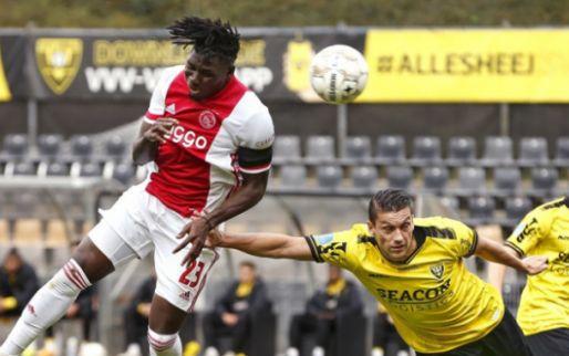 LIVE: VVV met tien man na keiharde charge op Ajax-smaakmaker Antony