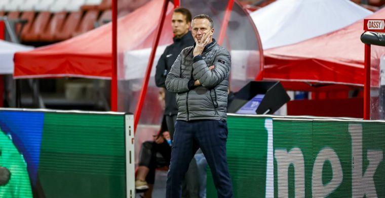 Van den Brom: 'Als je ziet hoe ver topfitte jongens terugvallen, doet wat met je'