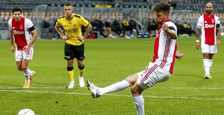 Huntelaar had pas na de wedstrijd medelijden: 'Zei dat hij er al vijf gemaakt had'