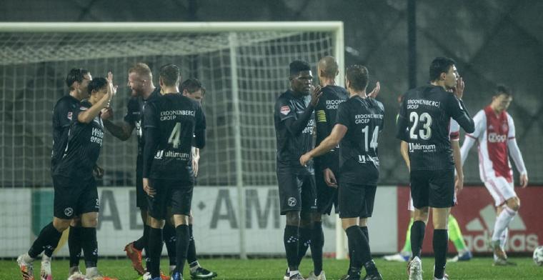 Jong Ajax krijgt pak slaag op De Toekomst, Van Bommel scoort in blessuretijd