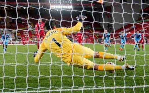 Afbeelding: Liverpool is voor even verlost van stadgenoot Everton na zwaarbevochten zege