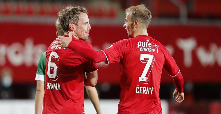 Twente profiteert van foutenfestival bij PEC: Lam al na 36 minuten gewisseld
