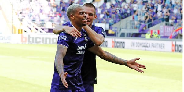 'Weinig kans dat Nmecha bij Anderlecht blijft, Guardiola volgt Man City-huurling'