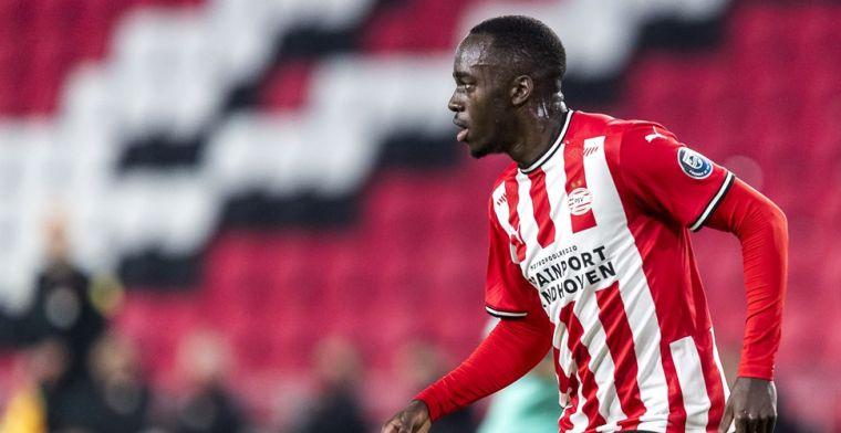 'PSV voorkomt transfervrij vertrek van vaste waarde: Teze tekent nieuw contract'