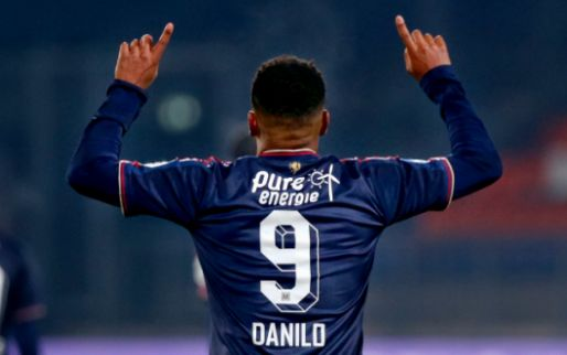 Afbeelding: Danilo in de wolken na debuut voor Brazilië: 'Ik dank God voor deze kans'
