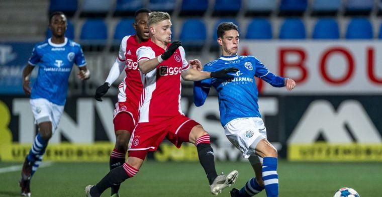 Spektakel in Eerste Divisie: Jong Ajax huilt, knappe comeback van Jong PSV