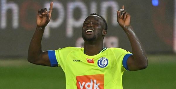 Bukari bezorgt KAA Gent belangrijke uitzege bij Charleroi: Very Happy!