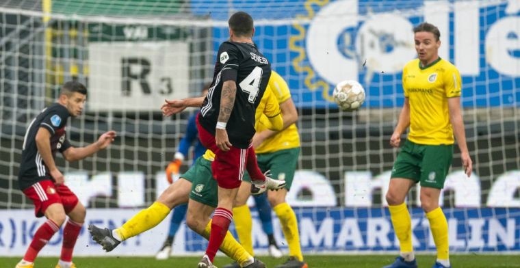 Feyenoord-verdediger Senesi kan niet kiezen: 'Met familie en vrienden gesproken'