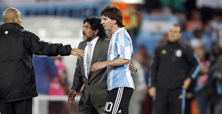 Messi aangeslagen na overlijden Maradona: 'Hij verlaat ons, maar gaat niet weg'