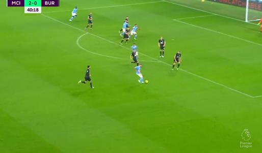 GOAL! Afgemeten voorzet van De Bruyne en doelpunt, 3-0 voor Man City